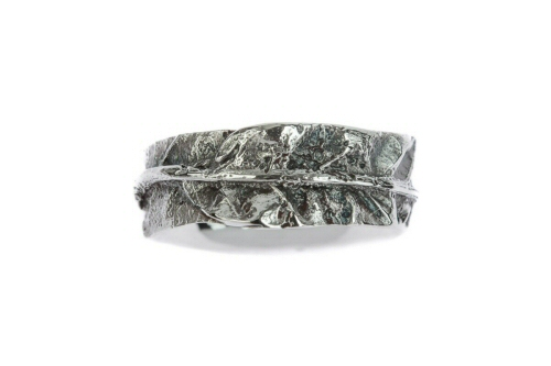 Silver Oak leaf ring, slim band.